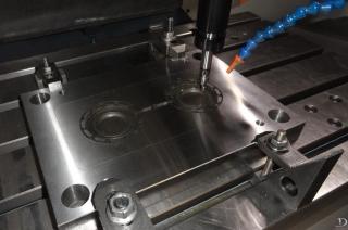 Матрица прессформы для отливки колёс из полиуретана